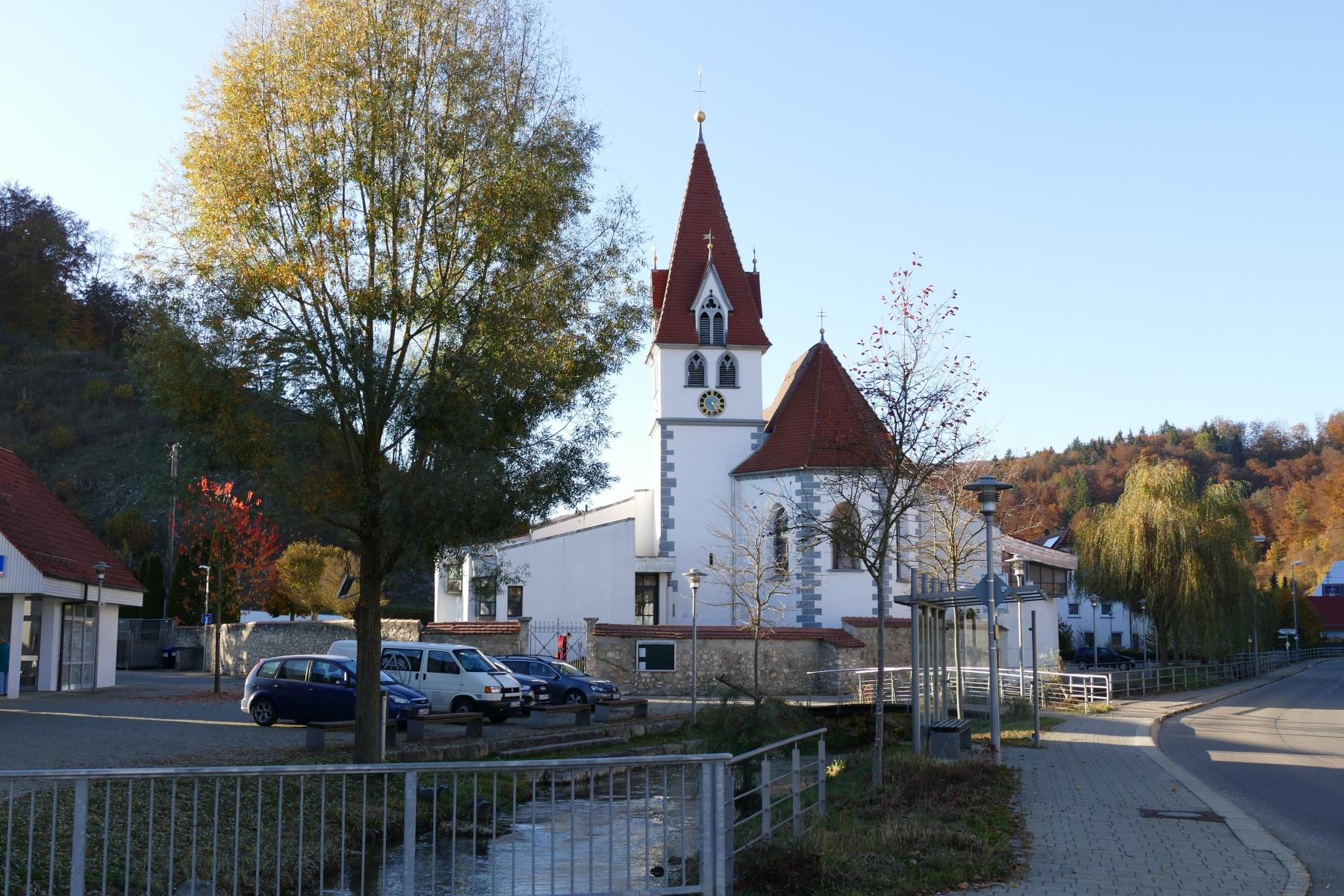 Kirchplatz Schmiechen